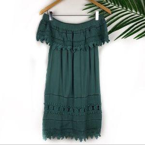 Romeo & Juliet Couture Off The Shoulder Dress Med